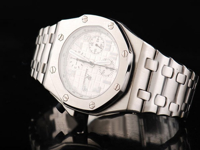 How to maintain Audemars Piguet watches?